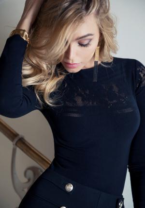 Блузка от LoveRepublic